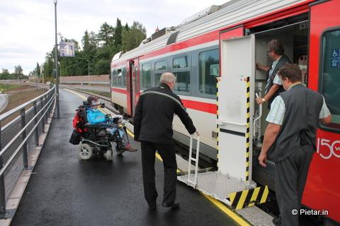 IMG 4980 Liputon matkustaja riehui junassa, hakkasi konduktöörin