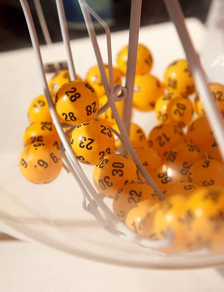 lottokone3 5652 3 Voittajan kauhunhetket asiakaspalvelussa: Rivissä ei ole voittoa