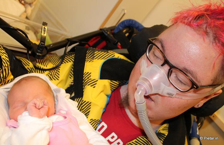 IMG 0101 Lävistys, vauva, rinsessa... Niistä tehtiin tämä viikko
