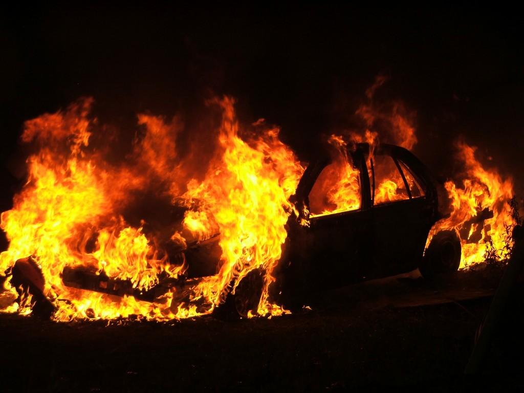 Car fire in Lancaster 2005 1024x768 Palaneesta autosta löytyi ruumis