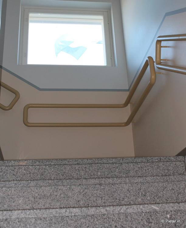IMG 0832 Vuokralainen suuttui häädöstä   Tyrkkäsi naisen portaita alas