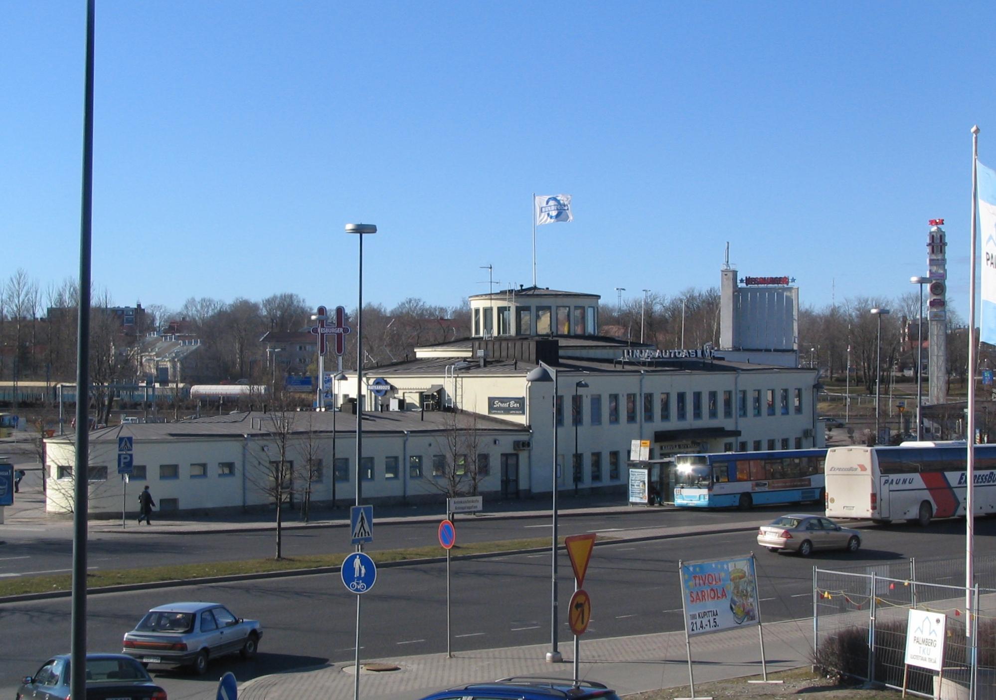 Busstation of Turku Järkyttävä teko: Soita heti poliisille, jos näit jotain