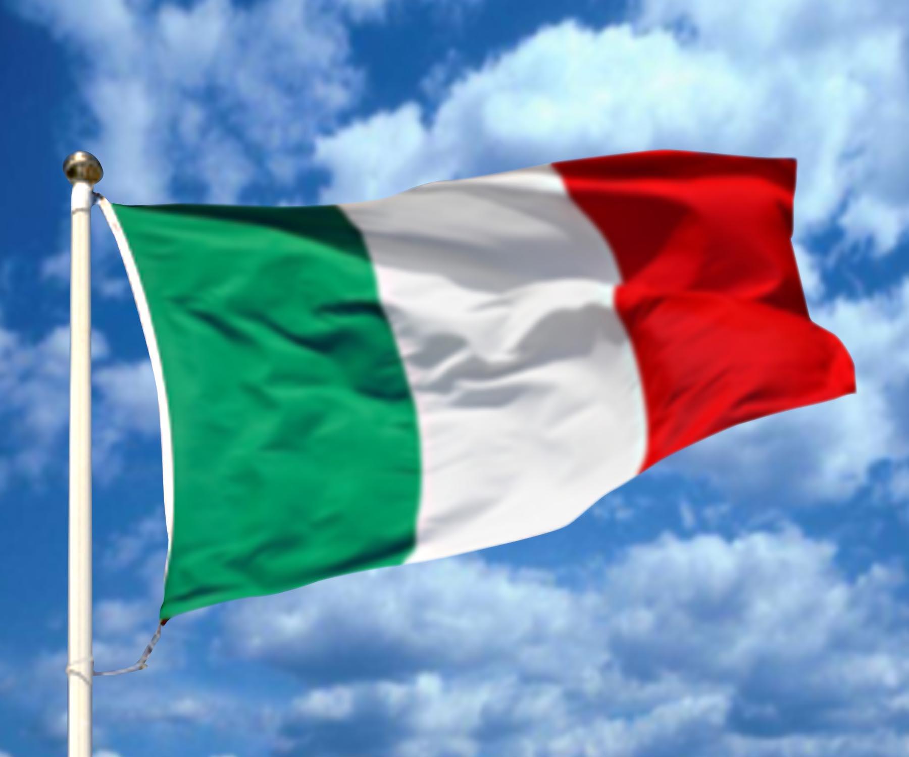 Italian flag Tarkkana lomaostoksilla   Huijattu voi saada 10 000 euron sakot