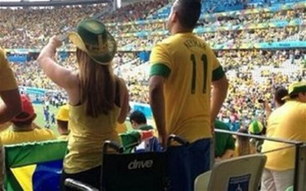 wheelchair fans 2949060b Huijari vamaset iskivät jalkapallon MM kisoihin