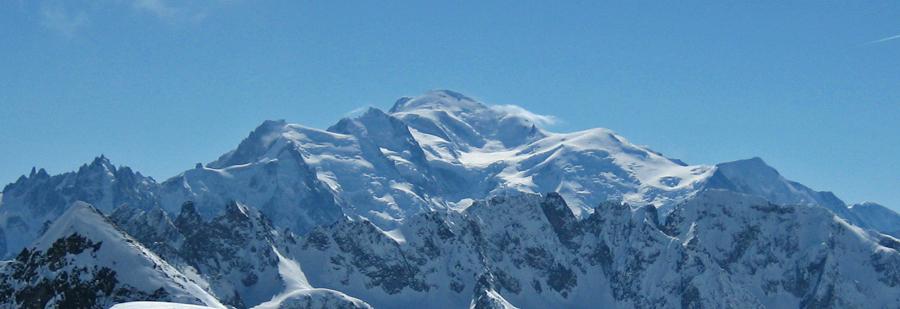 MontBlancPanorama Alppien huipulta kammottava löyty