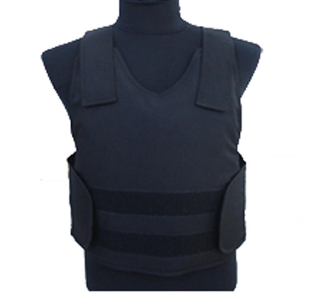 The Bullet Proof Vest 9 Luotiliiveihin sonnustautunut mies asteli aseen kanssa ravintolaan