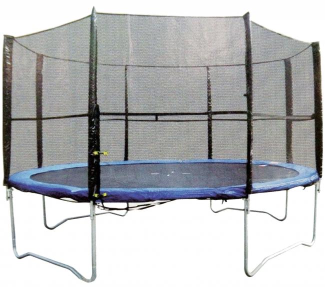 trampoliini suojaverkolla pro1tools Mies käveli ja hyppi trampoliinilla alasti kotonaan   Oikeus tuomitsi sakkoihin