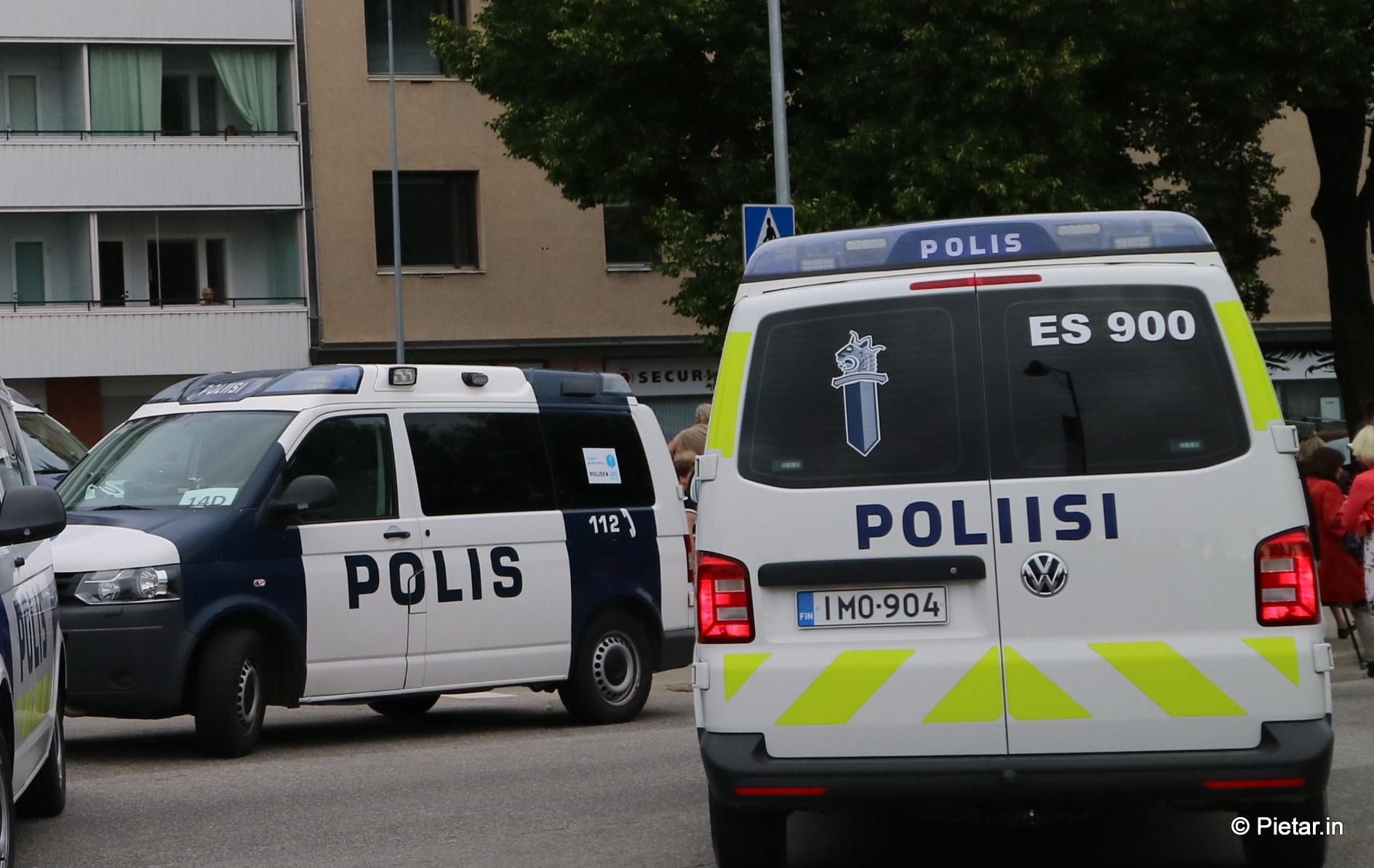 IMG 1117 Poliisi kiittää asukkaita   Kuvia Putinin vierailusta