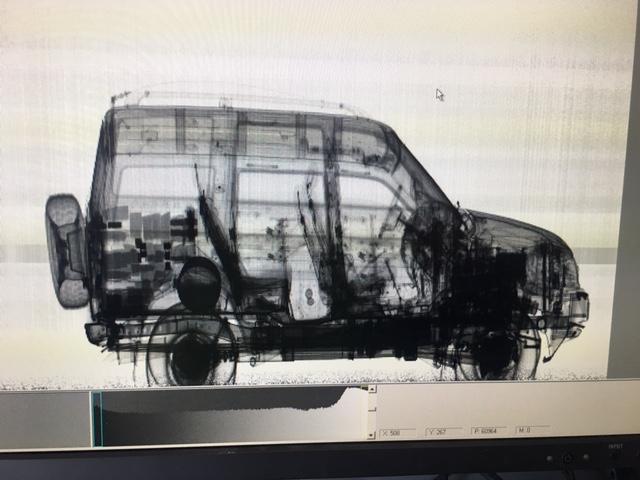 62432 Lapivalaisu Tulli Tulli löysi autosta 43 kiloa ruutia